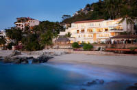 puerto vallarta villa vacation rentals on Conchas Chinas beach