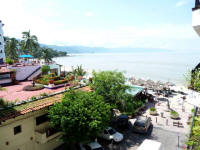 gay vallarta vacation rentals on Los Muertos beach