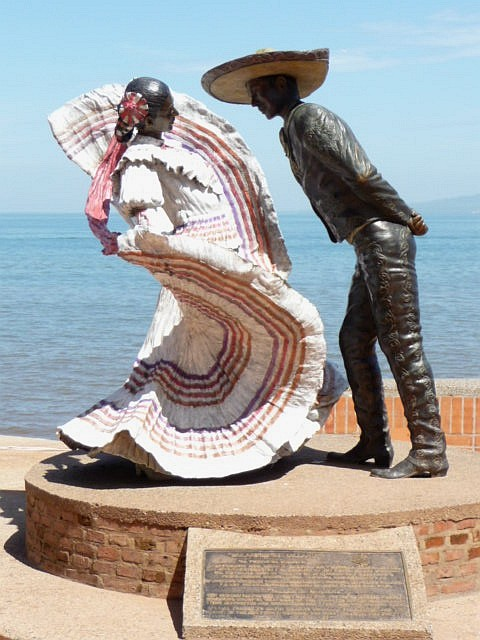 puerto vallarta Xiutla sculpture dance