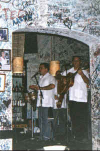 puerto vallarta la bodeguita del medio with Candela and cuban music