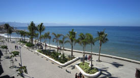 puerto vallarta new malecon picture to the south