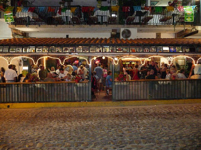andale bar puerto vallarta mexico