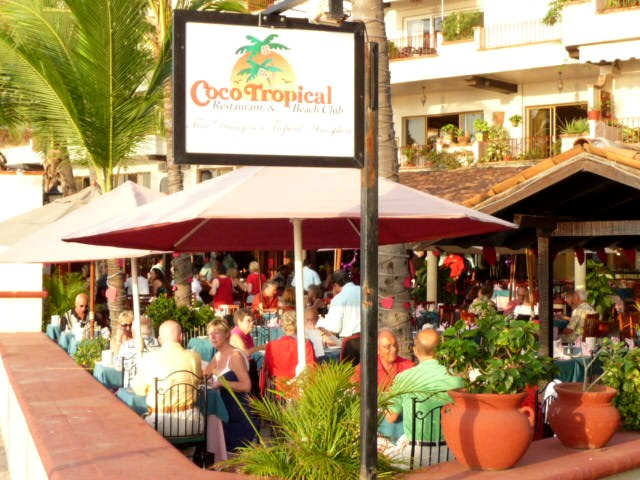 coco tropical dining on los muerto beach