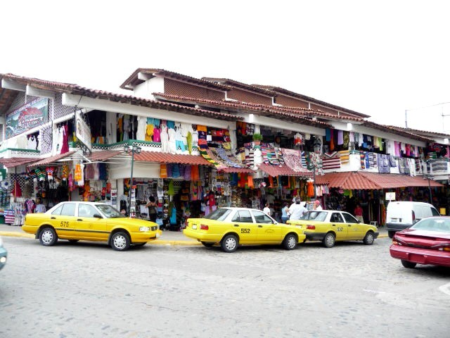 vallarta flea market downtown for shopping