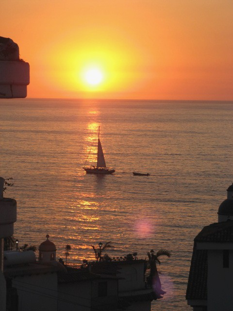 puerto vallarta sunset sailing - picture thanks to marc