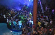 top gay club Manana with lively crowd after the carnival parade