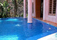villa dipping pool